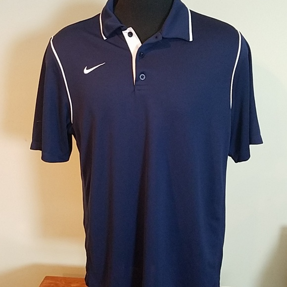 e3871f011 Nike Dri-FIT Navy Blue Polo Shirt White Piping. M 5b980b03d6dc52fae192315e